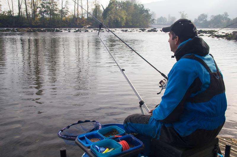 peche-au-feeder-en-riviere