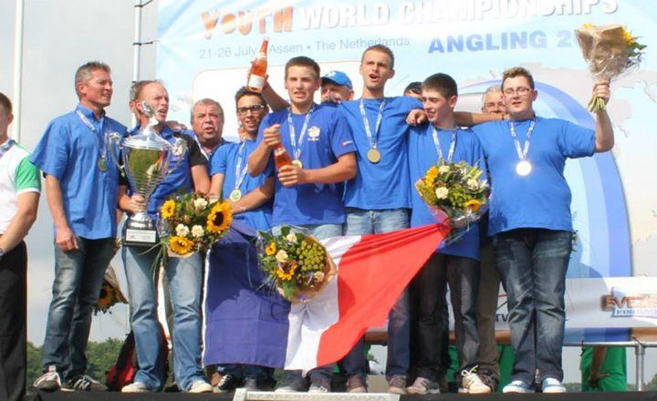 championnats du monde jeunes 2014-equipe u18-competition peche au coup-equipe podium